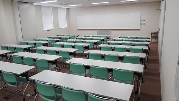 会議室2と3を合わせた状態 (最大69名収容可能)